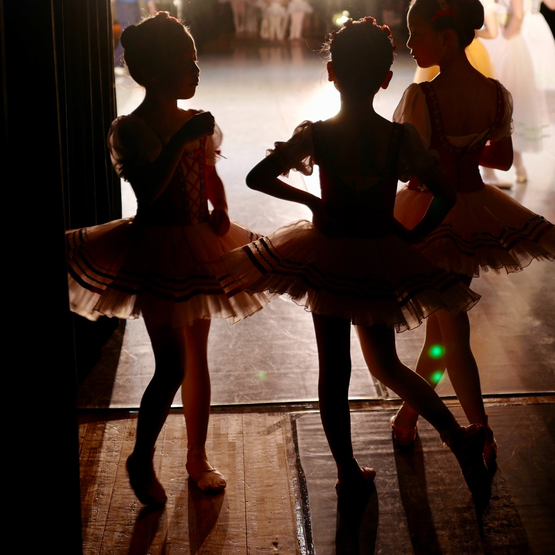 You are currently viewing Dance & Beyond: Mini movers Ballet & Tap